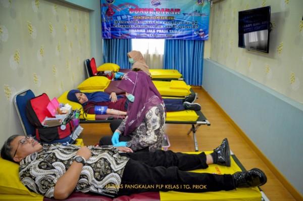 166 Orang Ikuti Donor Darah HUT KPLP Ke-32 Di Tanjung Priok