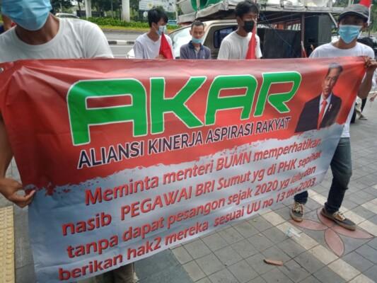 Relawan Jokowi Demo ke BUMN Menuntut dan Mempertanyakan Nasib Karyawan yang Dipecat Dirut BRI Tanpa Pesangon