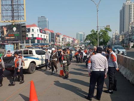 Parkir Liar di Jalan Boulevard Barat Raya Ditertibkan